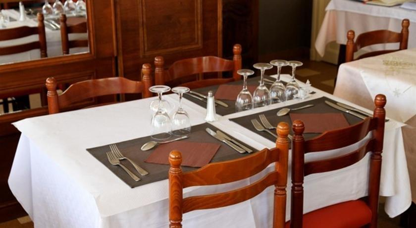 pâtissiers faits maison à L'Aigle (61) | Hôtel Restaurant du Cygne