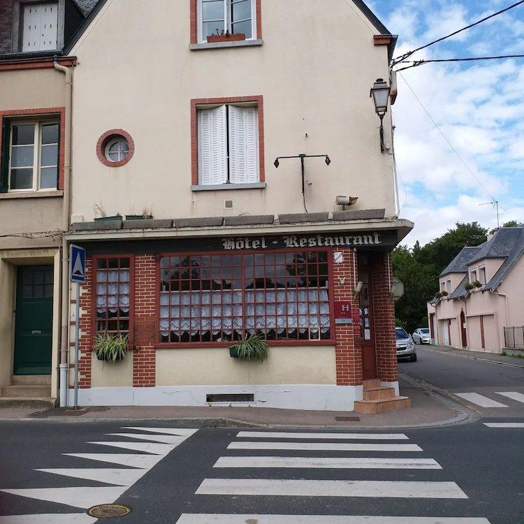 reserver une chambre à L'Aigle (61) | Hôtel Restaurant du Cygne